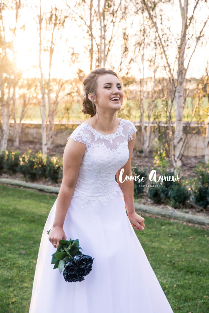 Louise Agnew Mount Gambier Debutante Deb Ball Photographer Portrait Family Photographer
